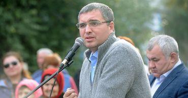 """Лидер """"Нашей партии"""" Ренато Усатый набирает более 65% голосов."""