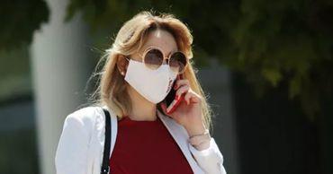 Назван простой способ дезинфекции маски.