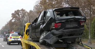 По улицам Кишинева провезли искорёженный BMW, чтобы привлечь внимание водителей.