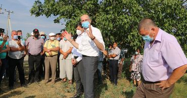 Пержу: правительство продолжит поддерживать фермеров. Фото: madrm.gov.md.