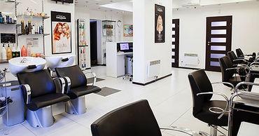 С 7 апреля закрываются салоны красоты и парикмахерские.