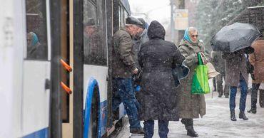 Чебан: Транспорт в Кишиневе циркулирует в зимних условиях.
