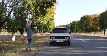 В Приднестровье молодую женщину изнасиловал подвозивший ее водитель.