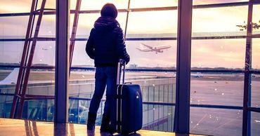 В 2018 году число людей, которые отправились на работу за границей, превысило 352 тысячи человек.
