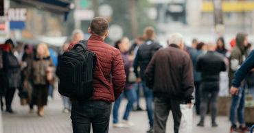 Каждый шестой молдаванин заявляет, что намерен покинуть Молдову в ближайшие полгода.
