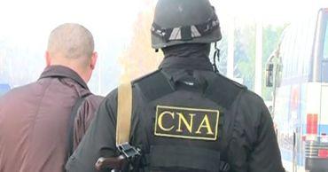 Офицерам НЦБК пришлось стрелять в воздух, чтобы задержать полицейского-взяточника.