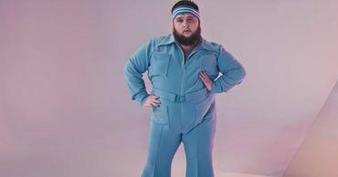 Танцор-«пухляш» из клипа Little Big пошутил про отмену Евровидения.