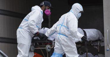 Из 137,4 млн заразившихся COVID-19 в мире умерли более 2,95 млн