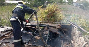 В Комратском районе по вине ребенка произошел пожар на складе.