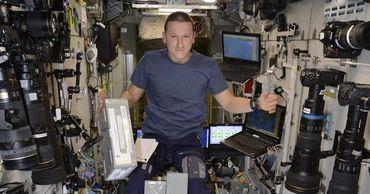 Космонавт развеял популярный миф о питании в невесомости.