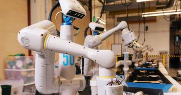 Alphabet разрабатывает самообучающегося робота для дома.