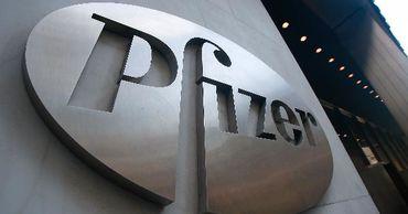 Pfizer увеличила квартальную прибыль и выручку на 45%.