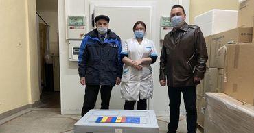 Власти Молдовы направили в Тирасполь 1810 доз вакцины от COVID-19, переданной Румынией.