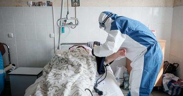 На Украине число выявленных случаев COVID-19 выросло до 22 811.