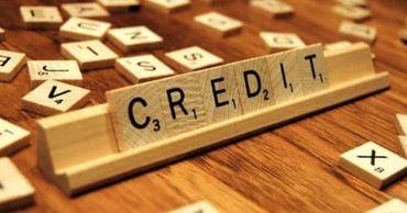 Комиссия по экономике предлагает ограничить стоимость небанковских кредитов.