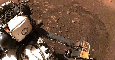 Команда планетохода Perseverance опубликовала новые аудиозаписи с Марса.