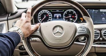 Mercedes отзывает двухгодичный объем поставок автомобилей.