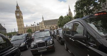 Продажи новых автомобилей в Великобритании рухнули в апреле на 97%.