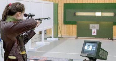 Международная федерация подарила РМ комплекты пневматического оружия.