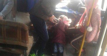 Водитель микроавтобуса Кишинев-Дрокия оставил пассажиров на дороге.