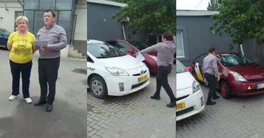В столице произошел скандал между экономическими агентами из-за парковки.