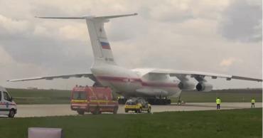 Гуманитарный груз прибыл в сопровождении двух депутатов Госдумы.