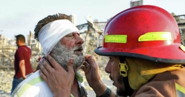 B результате взрыва в Бейруте погибли 30 человек и пострадали более 2,5 тыс.