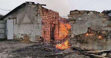 Сотрудники ГИЧС потушили пожар на угольном складе в Оргееве.