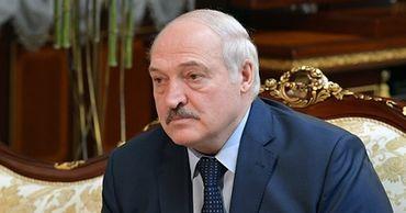 Президент Белоруссии Александр Лукашенко назвал Евросоюз и США мерзавцами за отказ помочь в борьбе с COVID-19.