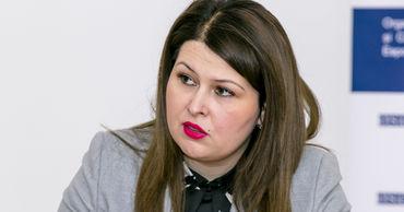 Вице-премьер по реинтеграции Кристина Лесник .