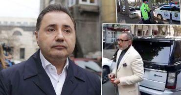 Бывший румынский депутат Кристиан Ризя неправильно припарковался у роскошного ресторана.