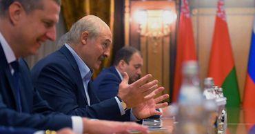 Лукашенко рассказал о намеках Кремля: Хотят присоединения.