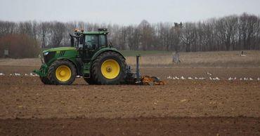 Фермеры получат топливо из Румынии после проведения его экспертизы. Фото: agora.md