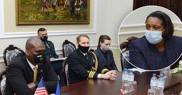У Министерства обороны будет советник из США.