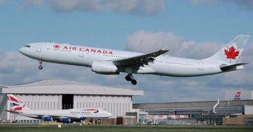 Крупнейшая авиакомпания Канады сократит более 15 тысяч сотрудников