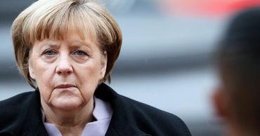 Меркель поспорила с советником Байдена из-за патентов на вакцины