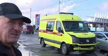 В Тирасполе машина скорой помощи попала в аварию.
