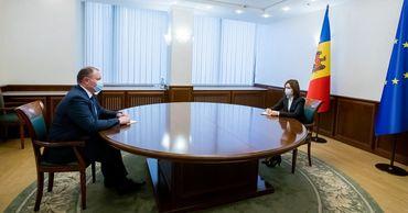 Президент Майя Санду встретилась с врио премьер-министра Аурелиу Чокоем.