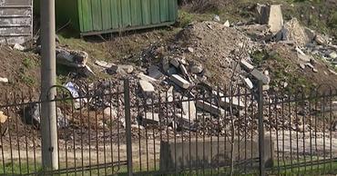 Жители Рышкановки пожаловались на мусорную свалку вблизи их домов.