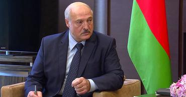 Лукашенко заявил, что поставил точку в вопросе о президентских выборах.