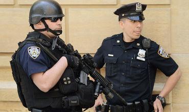 Полиция Кливленда опровергла сообщения о стрельбе по автомобилю.