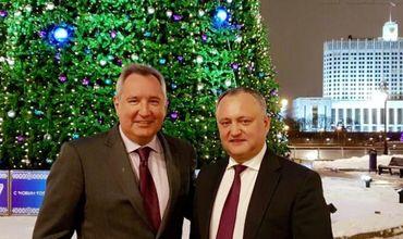 Игорь Додон обсудил с Дмитрием Рогозиным завтрашнюю встречу с Владимиром Путиным.
