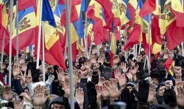 По предварительным прогнозам социологов, в парламент Молдовы по итогам выборов, намеченных на 24 февраля, могут пройти четыре партии.