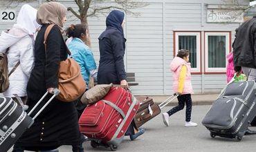 Беженцы в Германии отказываются от работы.