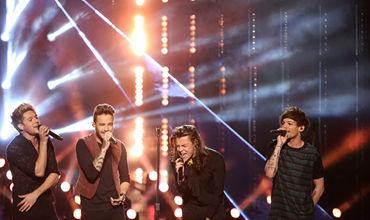 Фанатка One Direction докричалась на концерте до разрыва легкого.