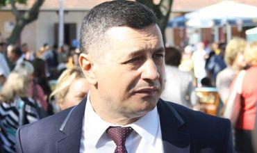 Независимый депутат Ион Гроза намерен сотрудничать с правыми силами.