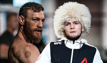 7 октября Нурмагомедов победил Макгрегора удушающим приёмом в четвёртом раунде и защитил пояс чемпиона UFC в лёгком весе.