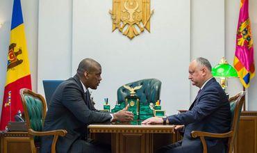 Игорь Додон провел встречу с послом США в Молдове Дереком Хоганом.