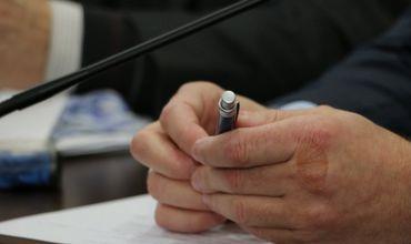 Первый претендент на пост депутата НСГ начал сбор подписей в поддержку