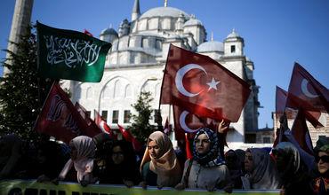 Граждане Турции после попытки переворота продали почти $11 млрд